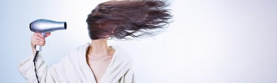 Jakich szamponów używać do przetłuszczających się włosów?